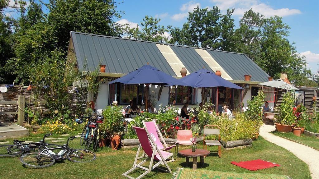 The Straw Kitchen, Whichford