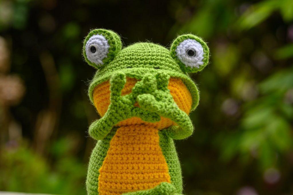 Fritz the frog - Speak no evil
